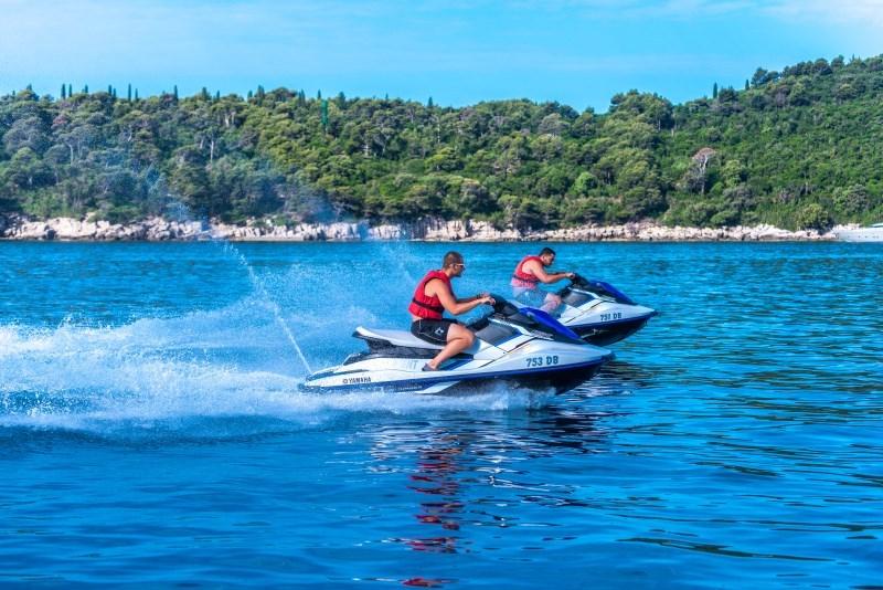 1300kn (175€) per jet ski