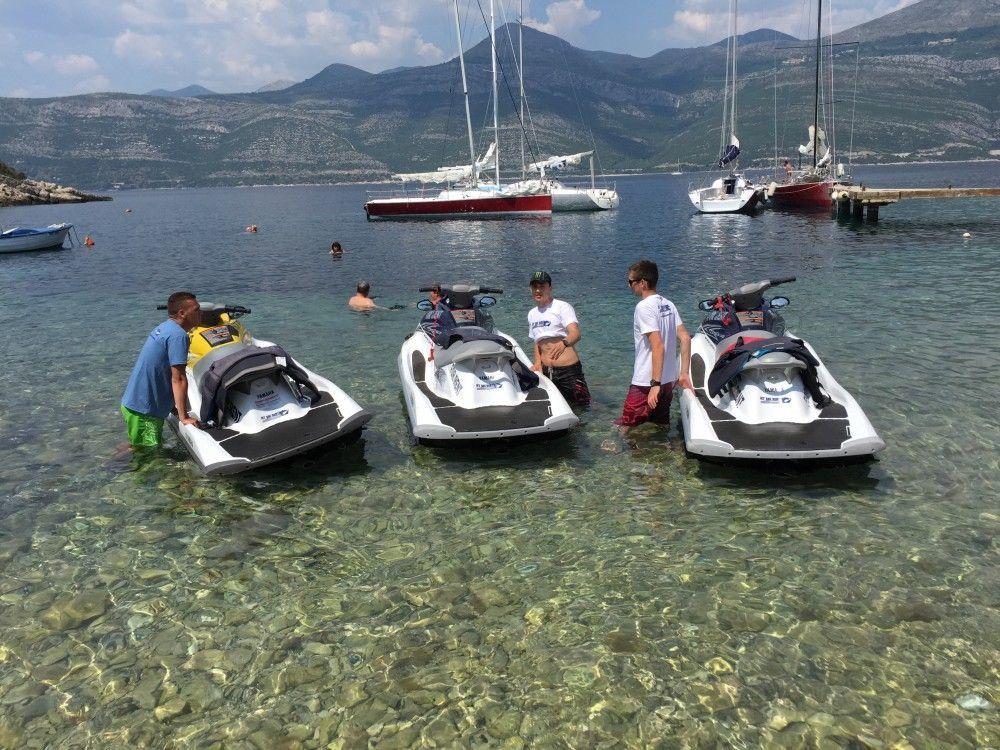 team building dubrovnik jet ski islands